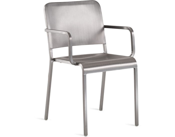 20-06 arm chair