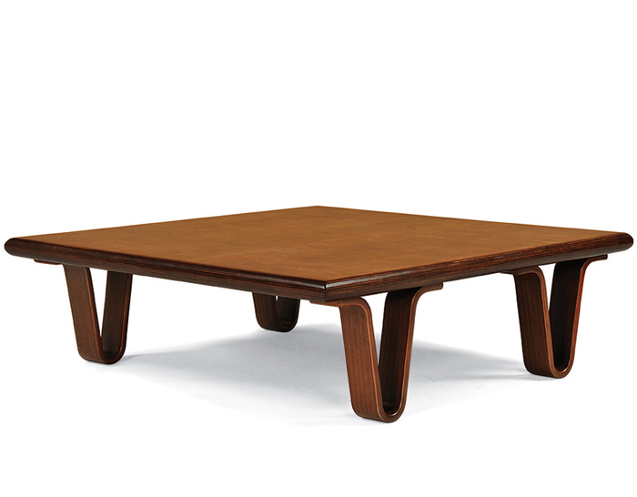 case study bentwood corner table