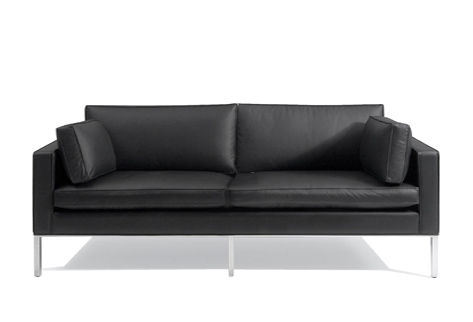 905 2.5 seat 2 cushion comfort sofa