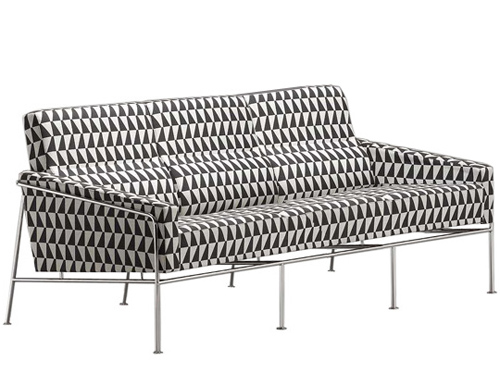 arne jacobsen series 3300 3 seat sofa