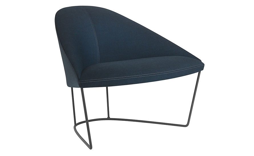 colina lounge chair with sled base