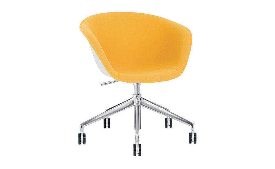 duna 02 five star base chair with front upholstery
