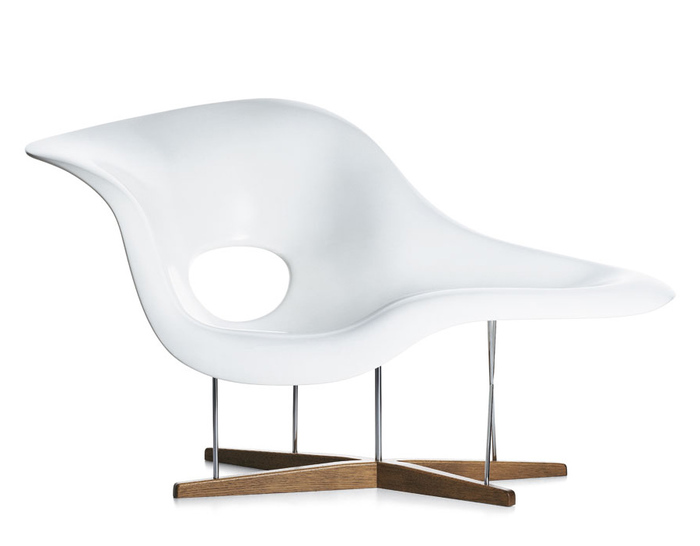 Eames la chaise for Chaise imitation charles eames