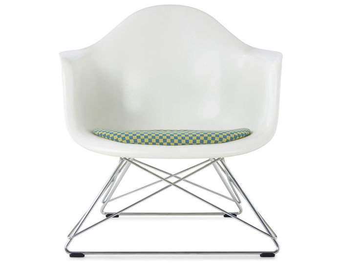 eames® molded armchair with low wire base and seat pad