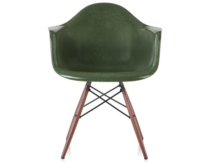 Eames 174 molded fiberglass armchair with dowel base hivemodern com