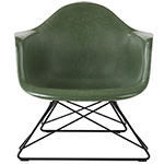 eames® molded fiberglass armchair with low wire base - Eames - Herman Miller