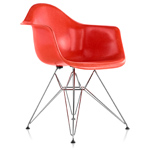 eames® molded fiberglass armchair with wire base  -
