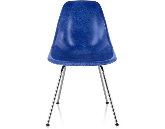 eames molded fiberglass side chair with 4 leg base. Black Bedroom Furniture Sets. Home Design Ideas