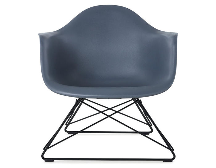 eames® molded plastic armchair with low wire base