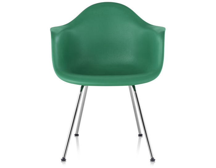 eames molded plastic armchair with 4 leg base. Black Bedroom Furniture Sets. Home Design Ideas