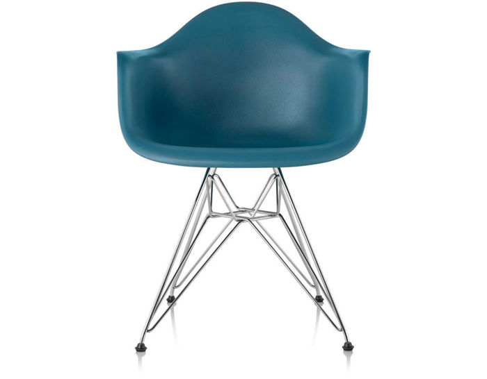eames molded plastic armchair with wire base. Black Bedroom Furniture Sets. Home Design Ideas