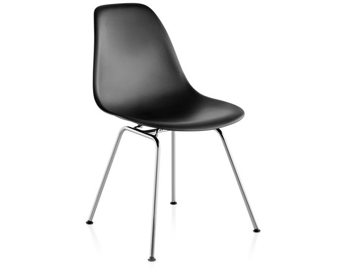 Genial Eames® Molded Plastic Side Chair With 4 Leg Base