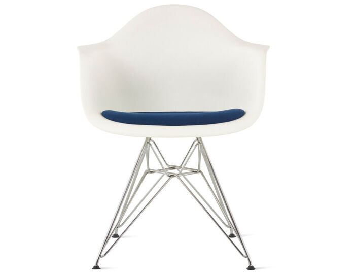 eames® wire base armchair with seat pad