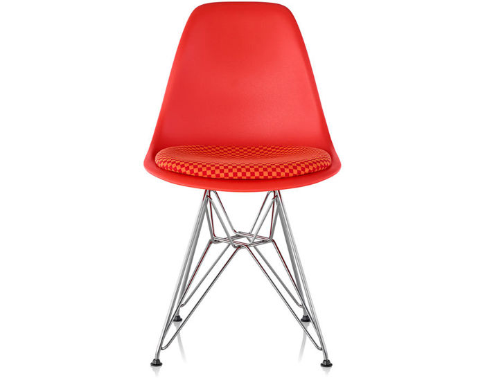 eames® wire base side chair with seat pad