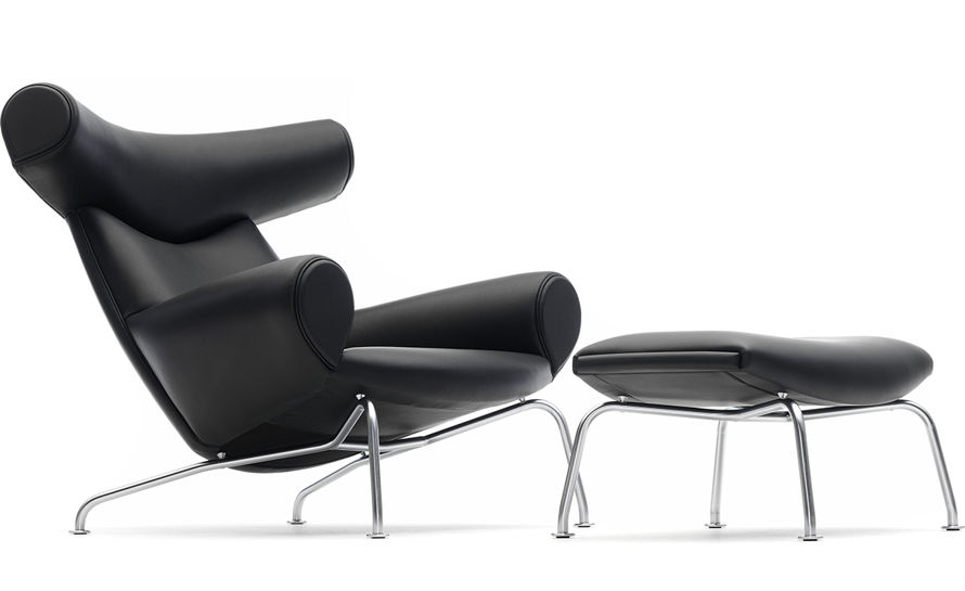 comfortable reading chairs    mid century