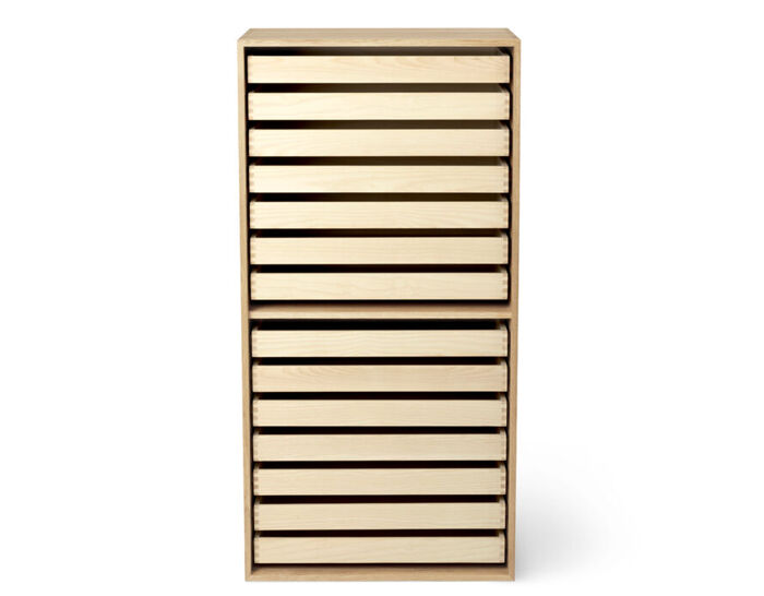 fk63 deep bookcase upright with trays