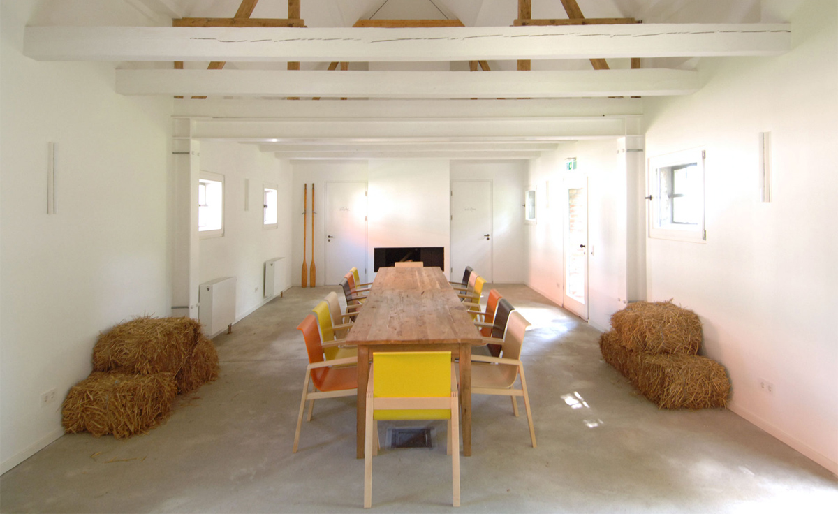 Alvar Aalto Armchair 403 Hivemodern Com