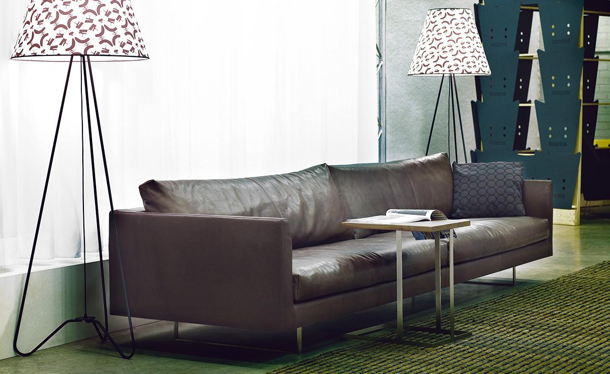 Axel 3 Seat Sofa Hivemodern Com