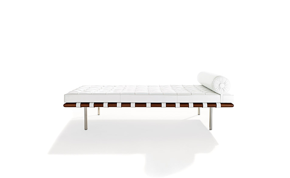 Barcelona couch with black straps - Mies van der rohe muebles ...