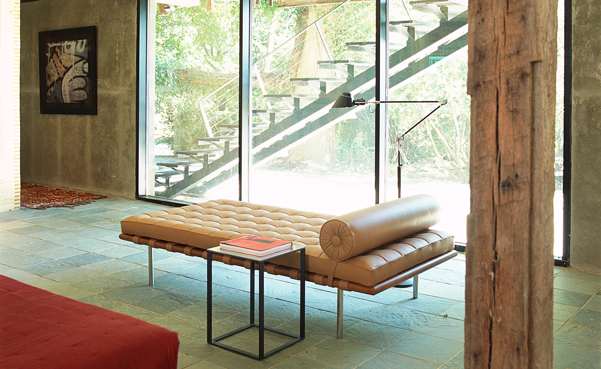 Mies Van Der Rohe Barcelona Couch Hivemodern Com