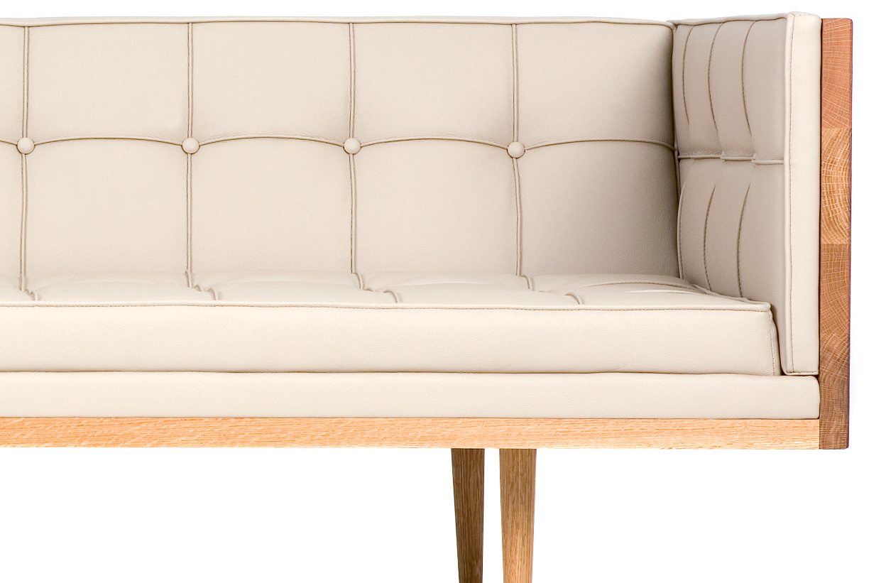 Box Sofa Large 227l Hivemodern Com