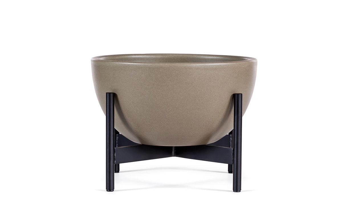 case study® table top bowl with metal stand - hivemodern
