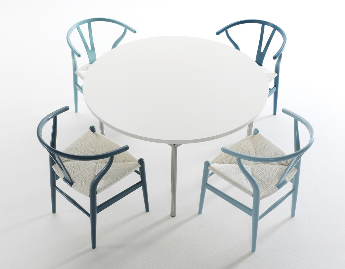 overview - Wishbone Chair
