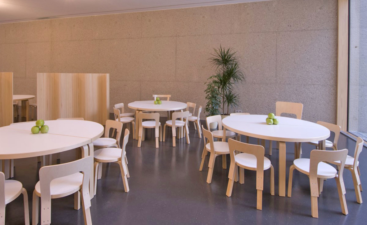 Bent plywood office chair - Alvar Aalto Children S Chair N65 Hivemodern Com