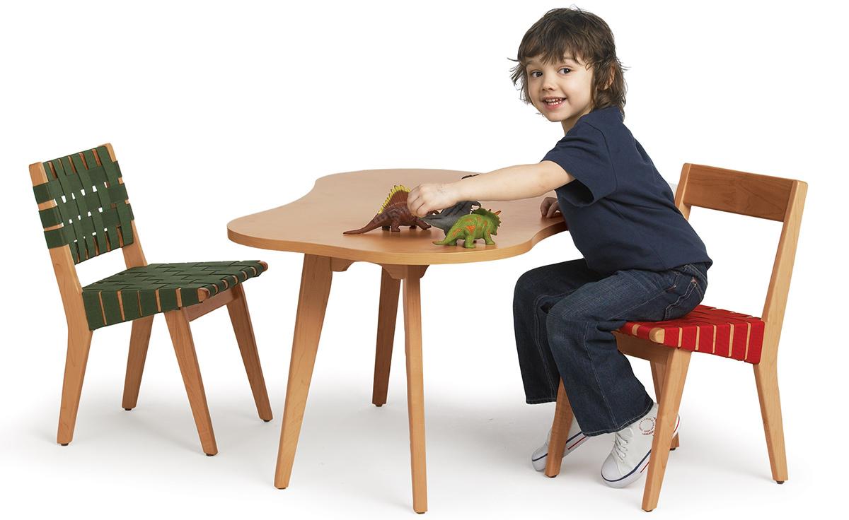 Childu0027s Risom Amoeba Table