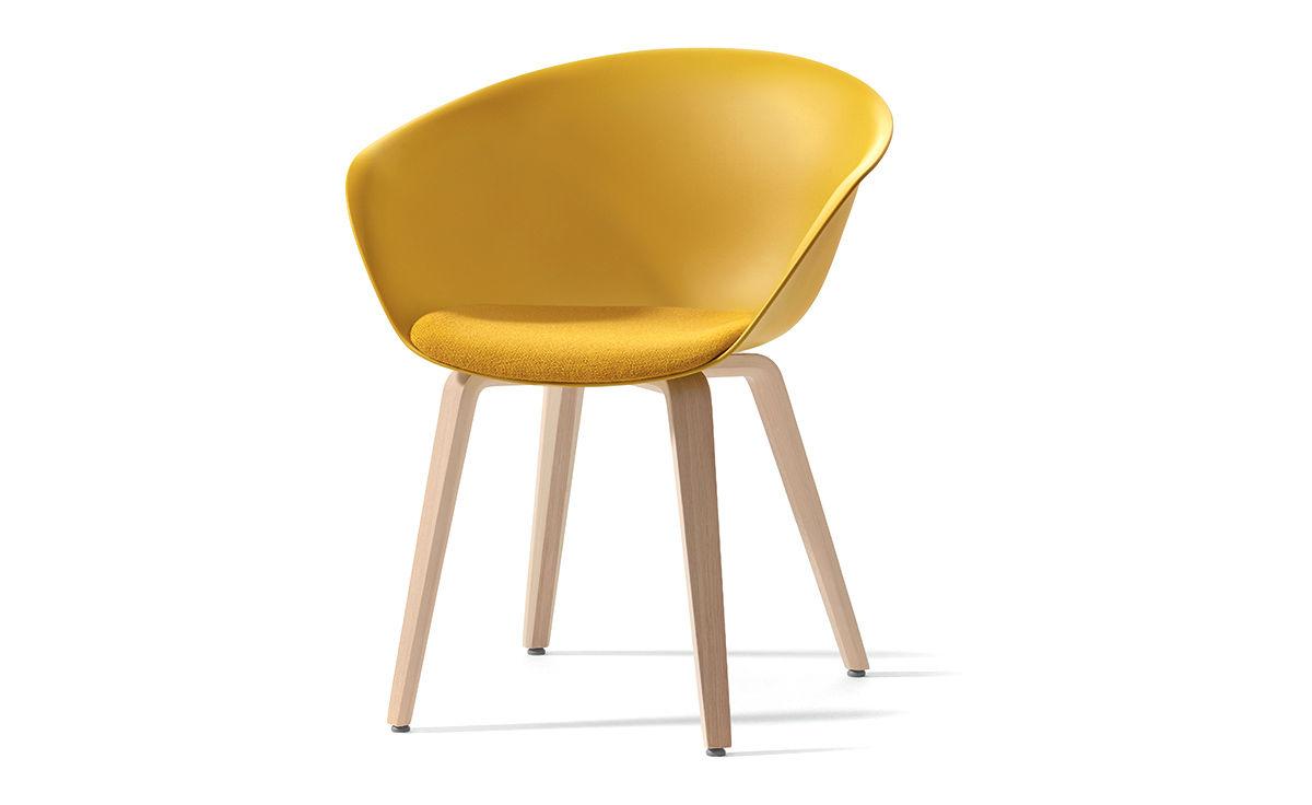 duna 02 wood leg chair with seat cushion