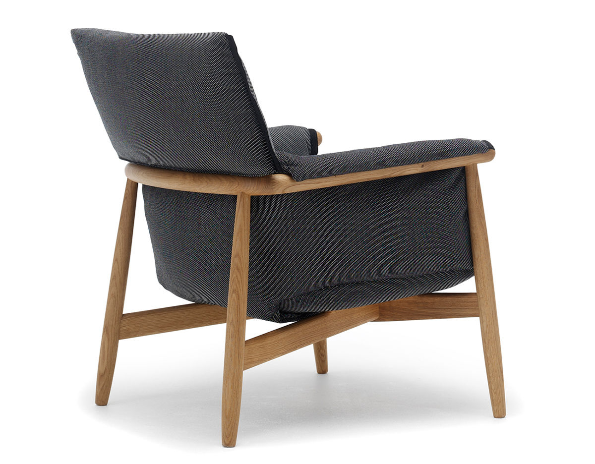E015 Embrace Lounge Chair Hivemoderncom