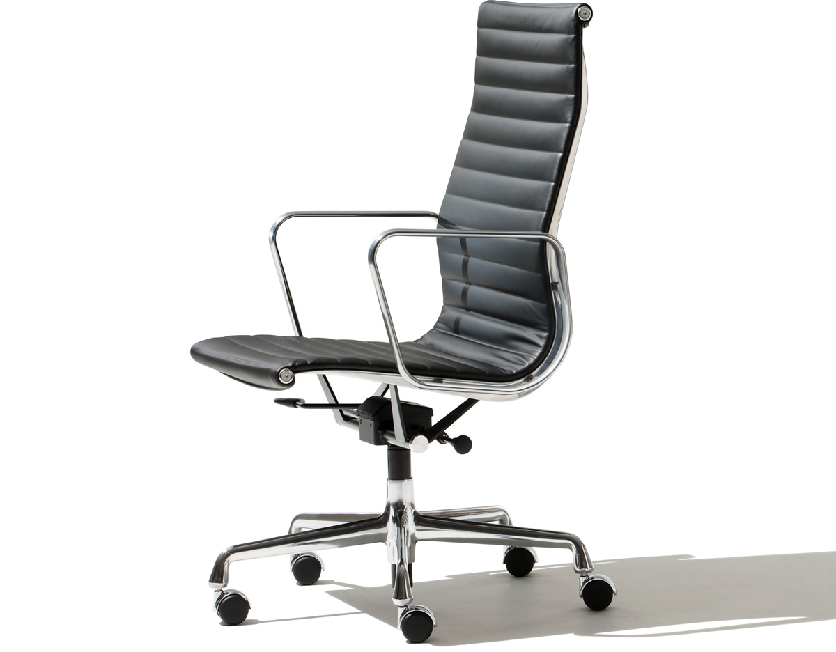 Merveilleux Eames® Aluminum Group Executive Chair