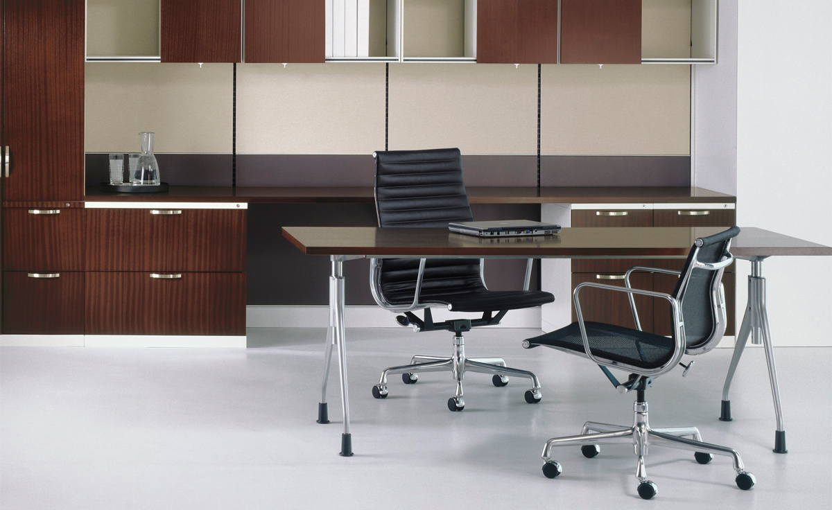 Eames 174 Aluminum Group Executive Chair Hivemodern Com