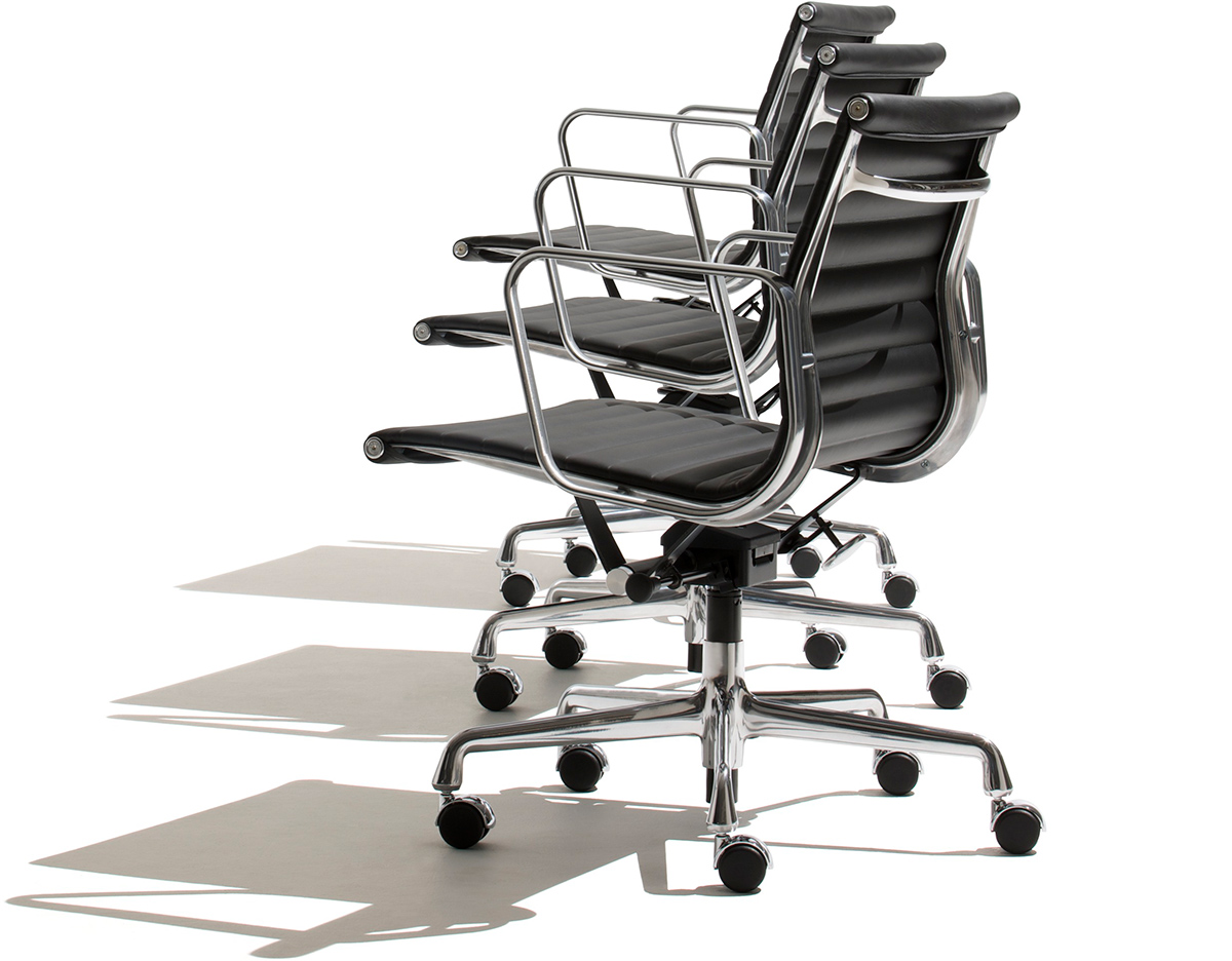 Eames 174 Aluminum Group Management Chair Hivemodern Com