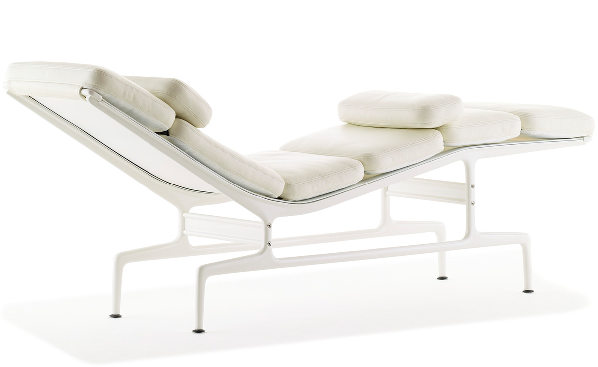 Eames chaise for Eames chaise