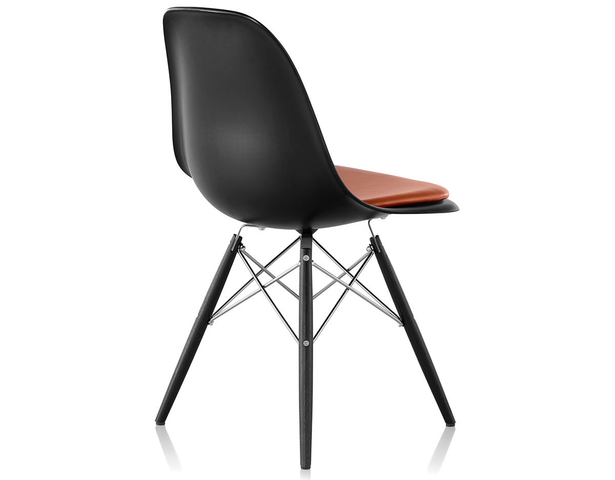 eames dowel base wood side chair with seat pad. Black Bedroom Furniture Sets. Home Design Ideas