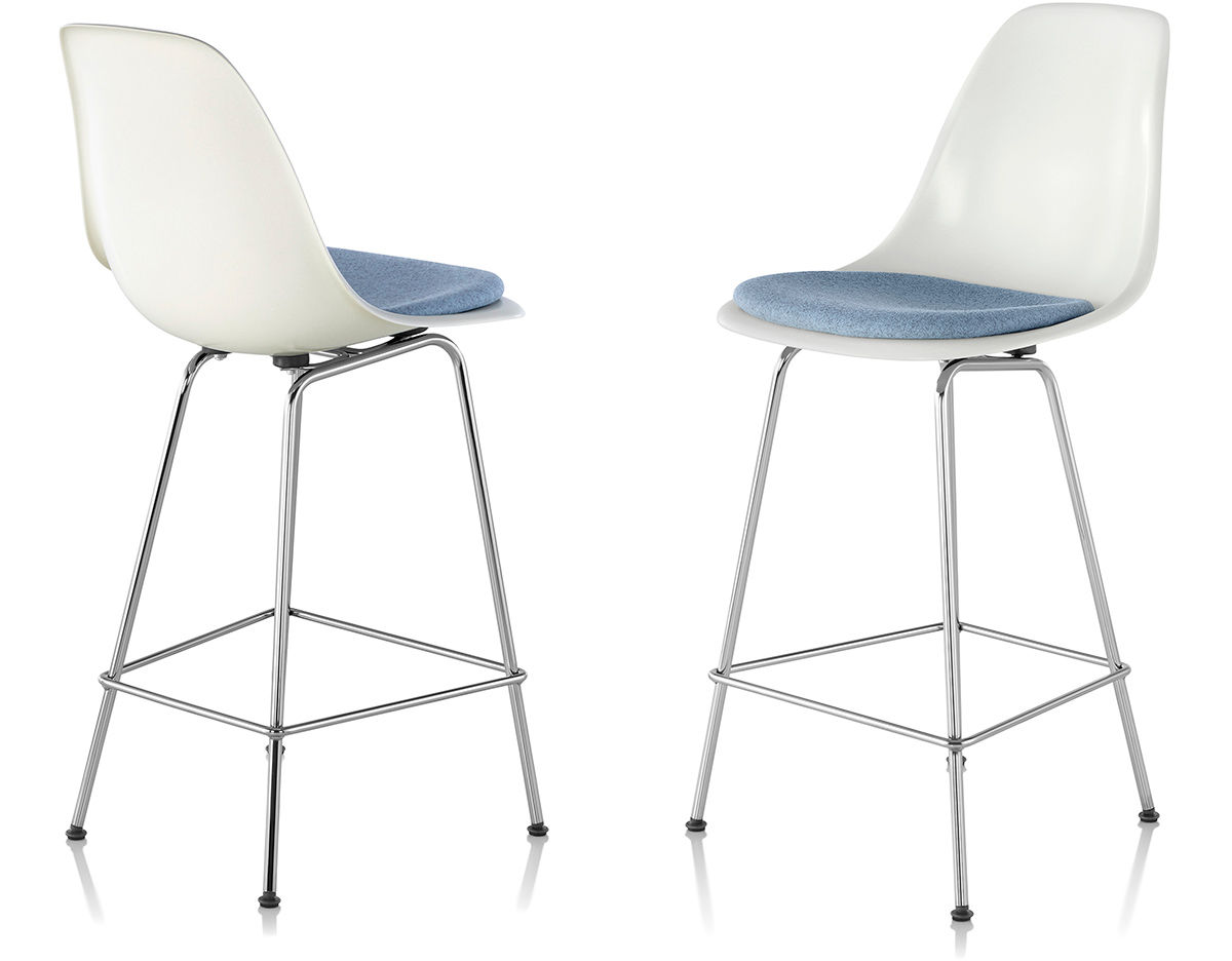 Eames 174 Molded Fiberglass Stool With Seat Pad Hivemodern Com