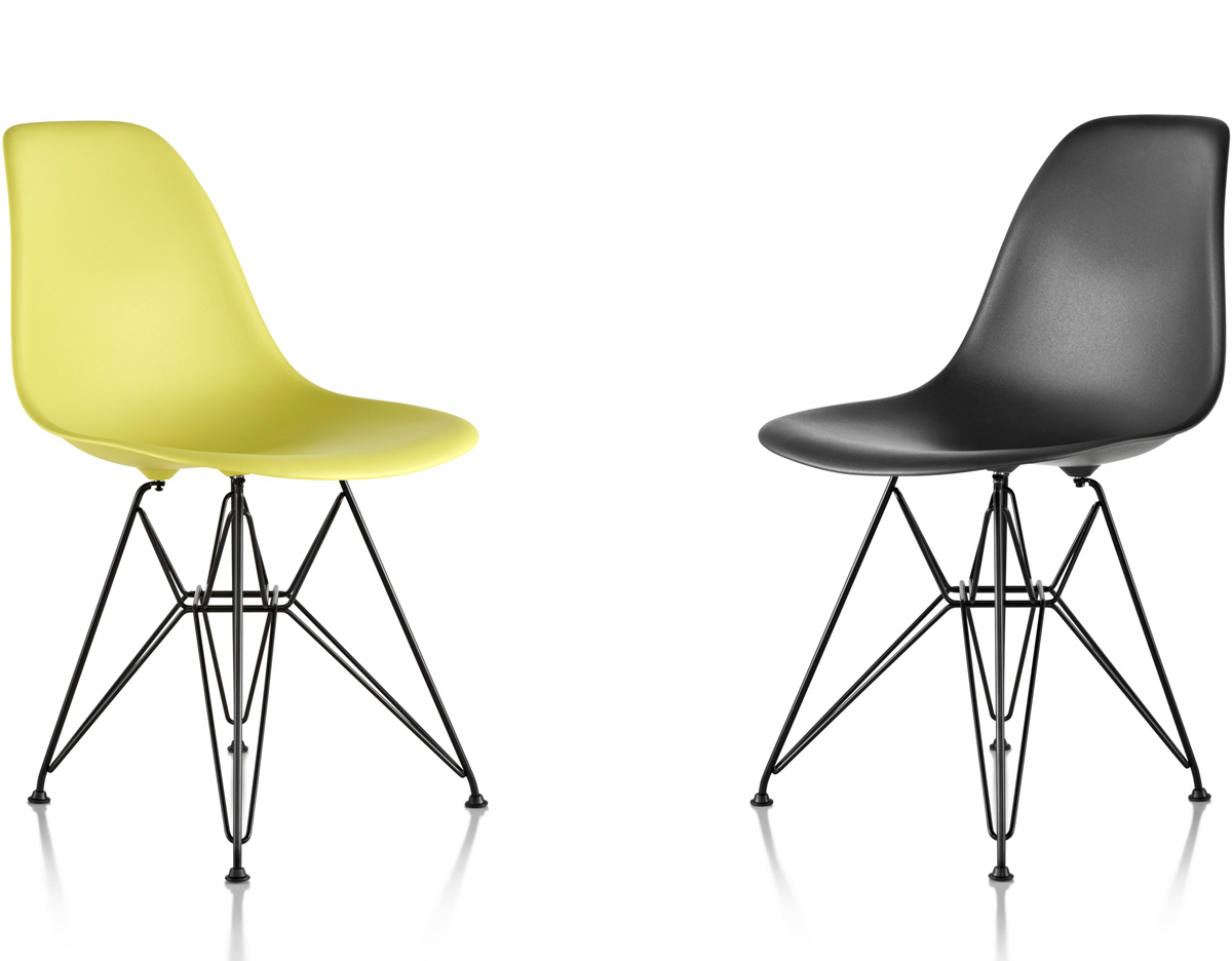 Eames molded plastic side chair with wire base for Designer charles eames