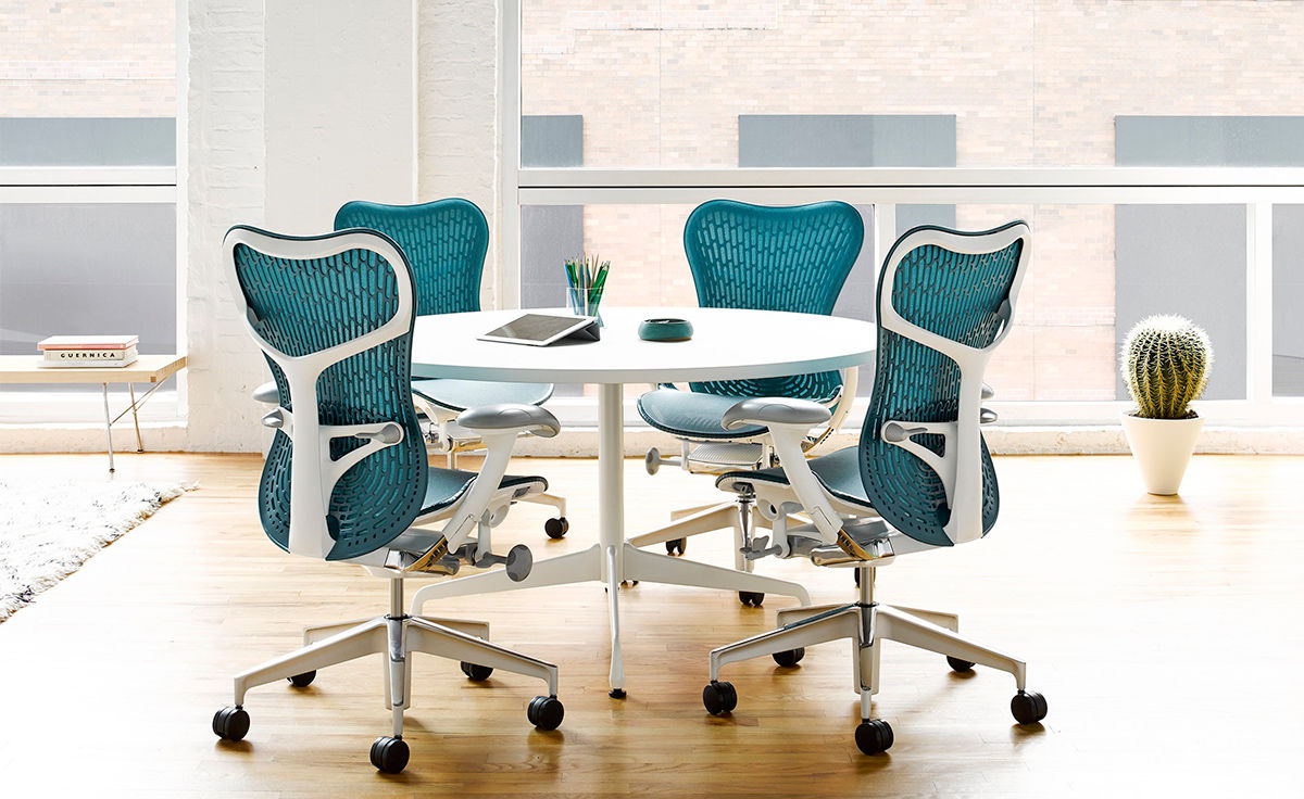 Eames Round Table hivemoderncom