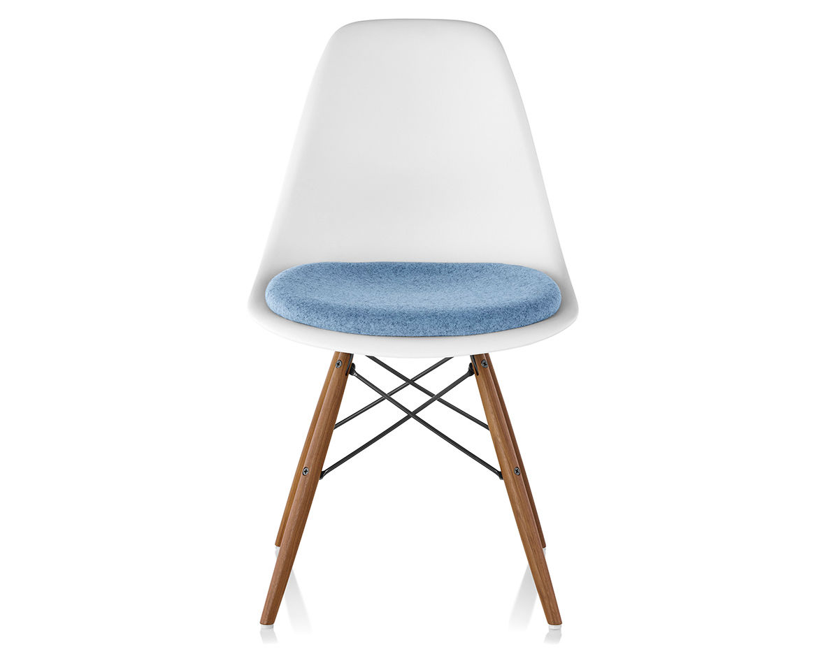 Eames Dowel Base Side Chair With Seat Pad