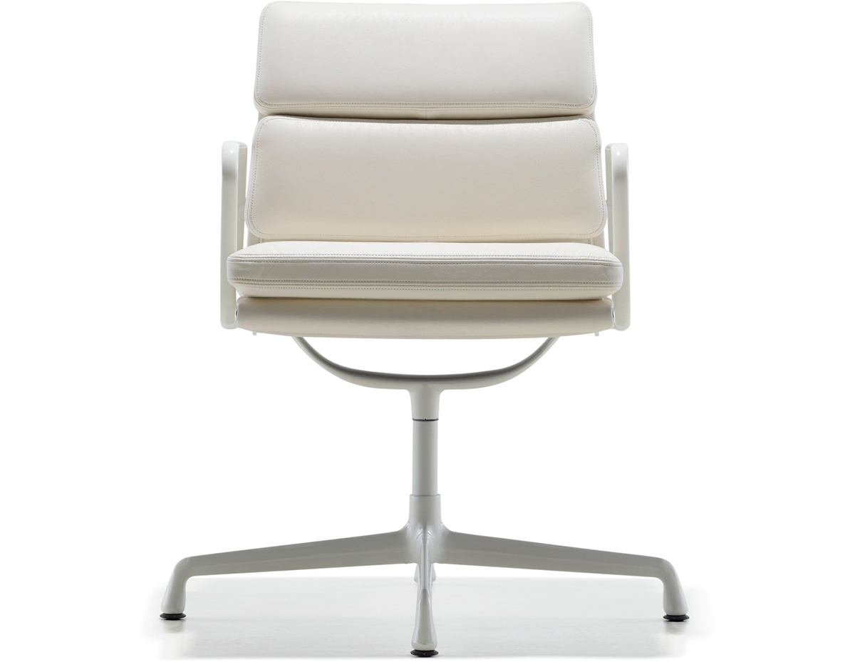 Charming Eames® Soft Pad Group Side Chair