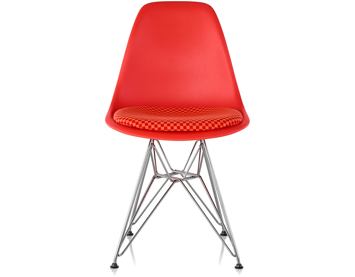 eames wire base side chair with seat pad. Black Bedroom Furniture Sets. Home Design Ideas
