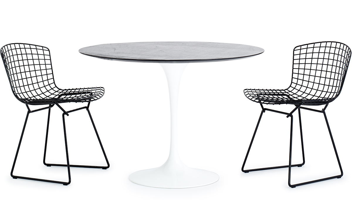 Saarinen Outdoor Round Dining Table