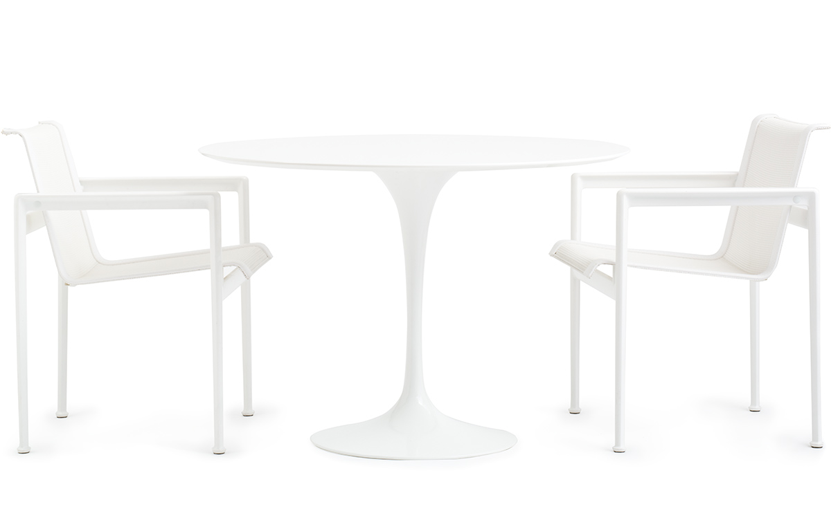 Saarinen Outdoor Round Dining Table Hivemodern Com