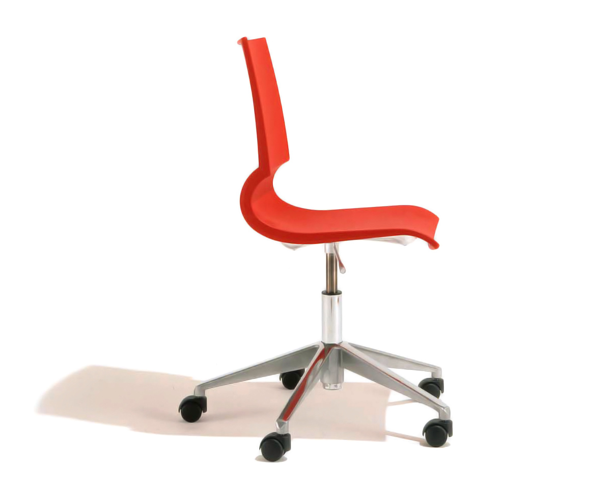 gigi swivel chair - hivemodern