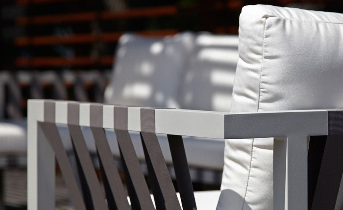 Jibe Outdoor Extra Long Sectional Sofa