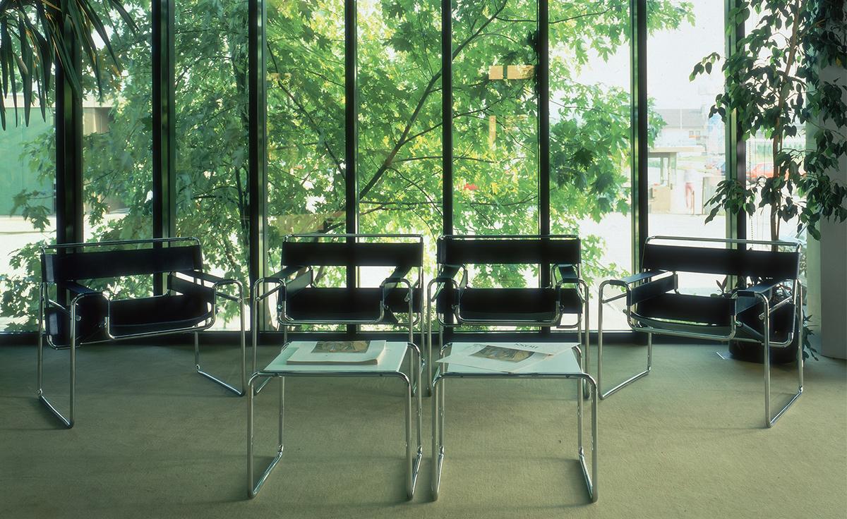 Laccio Side Table Hivemoderncom