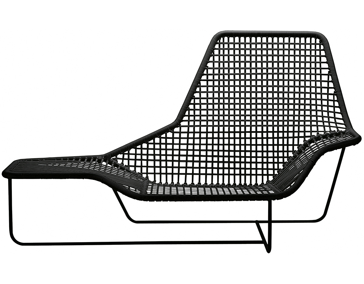 Lama outdoor lounge chair for Outdoor lounge furniture