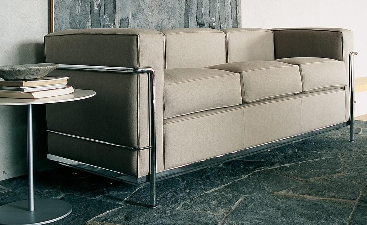 Le Corbusier Lc2 3 Seat Sofa Hivemodern Com