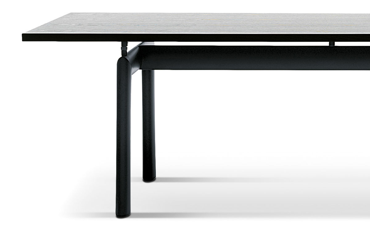 https://hivemodern.com/public_resources/full/le-corbusier-lc6-table-cassina-3.jpg